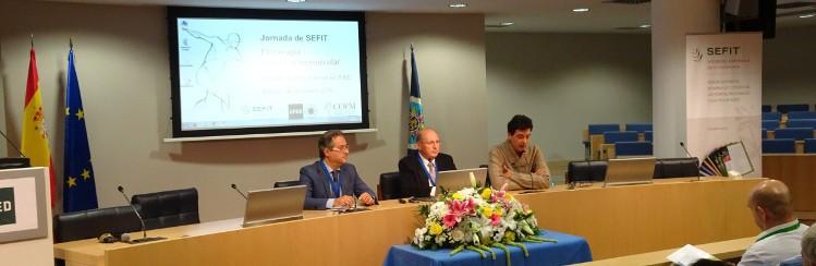 Presentación de la Jornada. De izquierda a derecha: César Valera (COF Madrid), Salvador Cañigueral (SEFIT) y Pedro Juez (UNED)